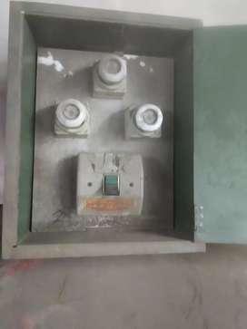 Tablero de electricidad de chapa de empotrar trifacico