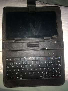 Vendo Tablet con Teclado