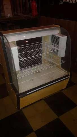 Heladera tipo pecera vidrio curvo