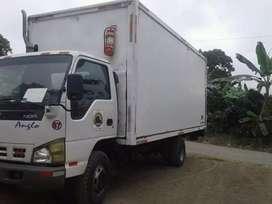 Vendo camion chevrolet nqr 2009