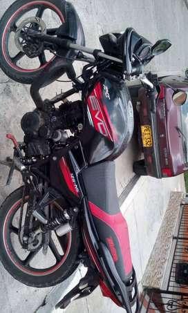 MOTO AKT EVO 125