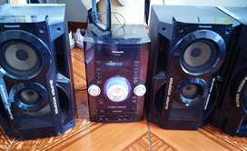 2 Equipos de sonido por el precio de uno, en excelente estado y sonido