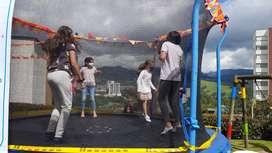 Eventos infantiles y alquiler de saltarines por 24 horas.