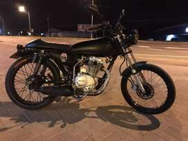 Motocicleta Freedom zs, Look Cafe-Racer
