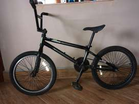 Bicicleta Diamond Back BMX