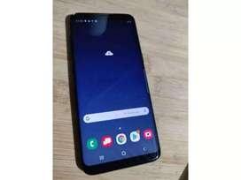 SAMSUNG GALAXI S8 SE VENDE O SE CAMBIA POR UN IPHONE 7 PLUS.