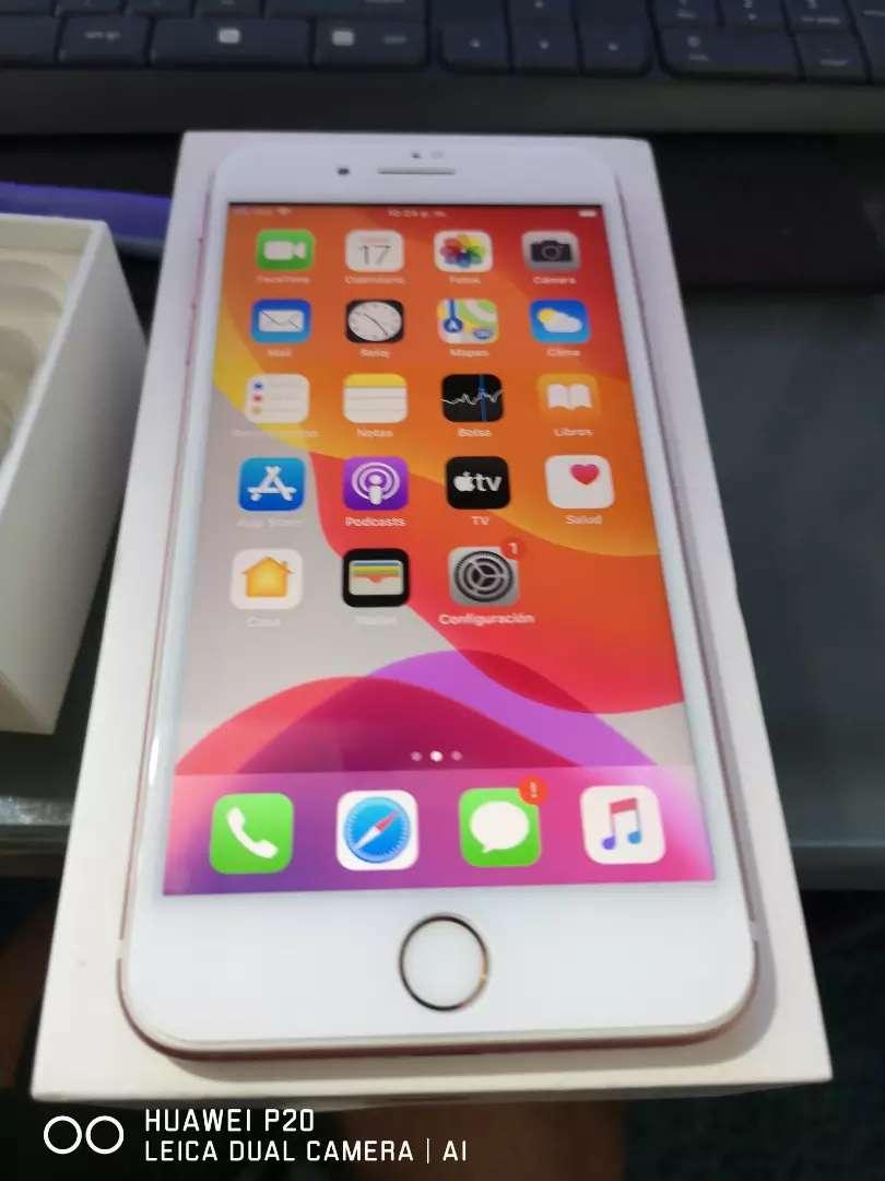 IPhone 7 plus 32GB como nuevo en caja 0