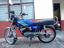Vendo rx 100 modelo 2004 montada en 15 mela o cambio por bws o crypton