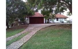 ESPECTACULAR CASA EN HOBO, HUILA.