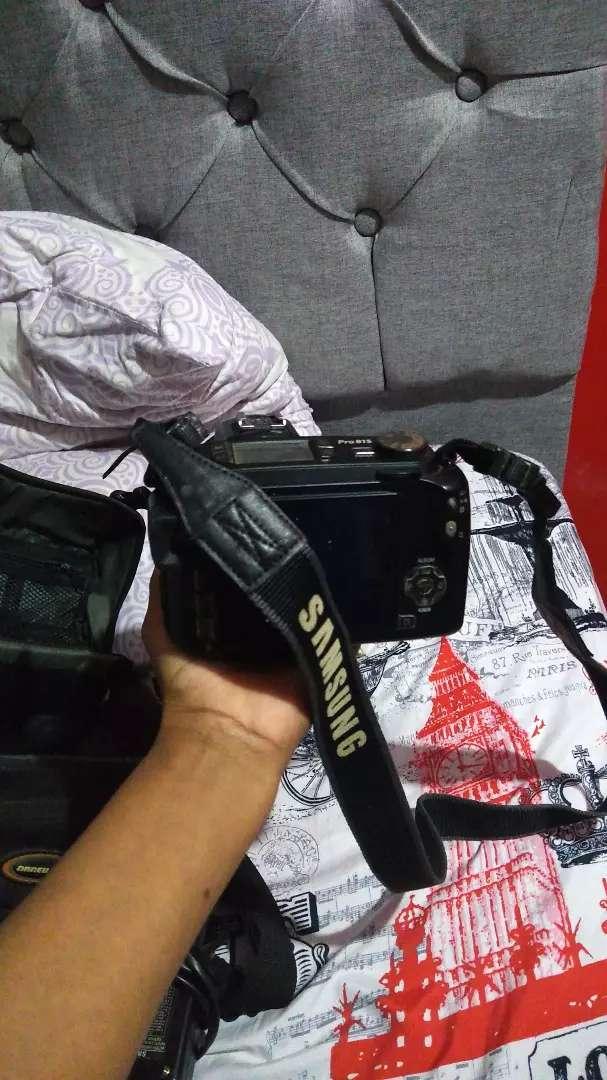 Vendo cámara Samsung pro 815
