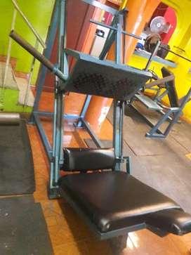 Remato maquina de piernas Gym