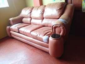 Se vende/remata muebles de tres piezas