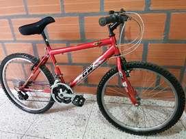 Bicicleta todo terreno rin 24 roja