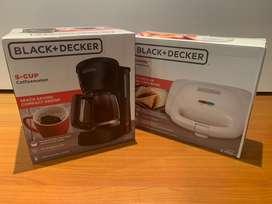 Combo Cafetera 5 Tazas Dcm601b Sandwichera Sm1000w Black & Decker