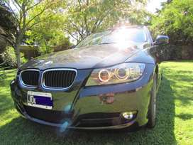 BMW 320i 2011 impecable