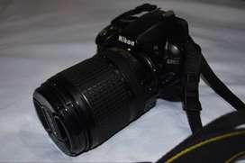 Camara Nikon D3100 Con lente 18-140