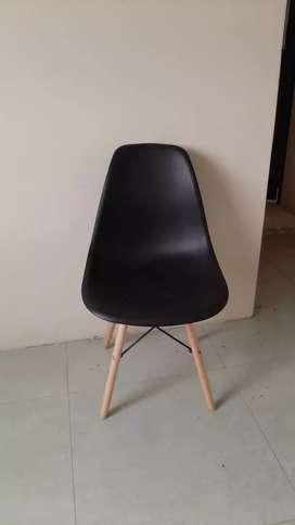 Sillas color negro