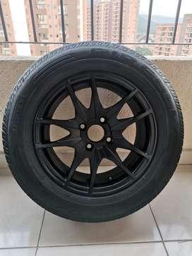 "Rines 14"" llantas Pirelli P1"