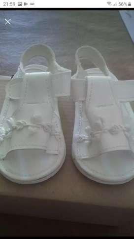 Vendo sandalias no caminantes