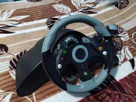 Volante y pedalez Madcatz Xbox 360