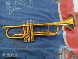 Vendo mi trompeta Jim Bao en perfectas condicionnes