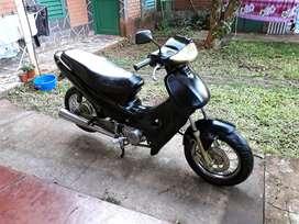 Vendo moto Gilera Smash 110 cc, con todos los papeles