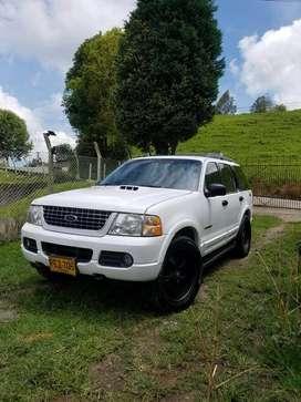 Vendo ford explorer