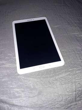 Tablet galaxy Tab E ( modelo: SM-T560)