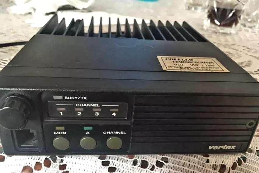 Radio yahesu vertex ftl 2011 vhf 0