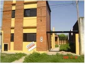 Alquilo departamento 1/hab. en Esperanza, zona UNL.