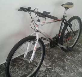 Vendo bici 26 Mtb Merida con 18 cambios casi nueva