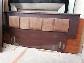 Ganga!!! Hermosa cama en fina madera maciza