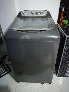 Se vende lavadora por motivo de viaje