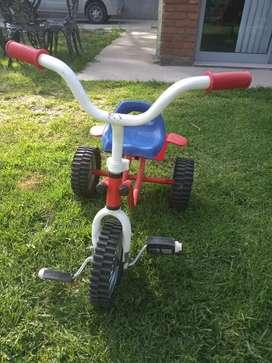Triciclo para niños hasta 6 años