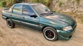 Vendo ford escort del 98 al dia