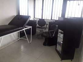 Gangazo muebles para peluquería en buen estado