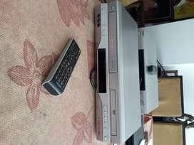 Reproductor de video VHS y DVD