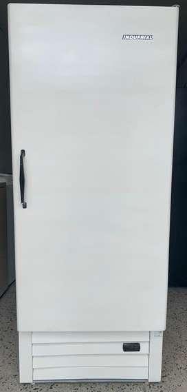 Congelador vertical indufrial 425lt control digital