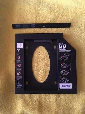 Vendo adaptador para SSD a 30 soles
