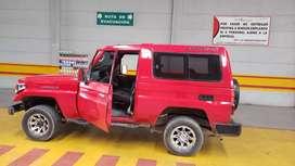 Vendo o permuto Hermosa Toyota LAND CRUISER 4.5, MODELO 92