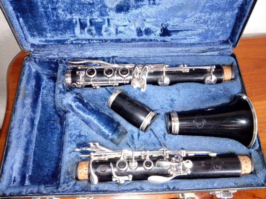 Clarinete Buffet E11 0