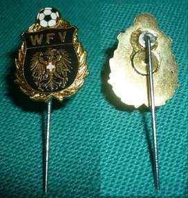 HERMOSO PIN FORMARO ALFILER WIENER FUSSBALL VERBAND . FEDERACION DE FUTBOL DE VIENA 1980s AUSTRIA