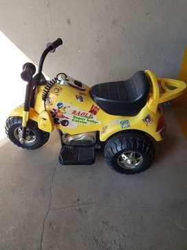 Moto 3 Ruedas A Bateria Niño 6v Policia