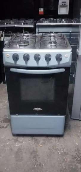 Vendo estufa marca  haceb