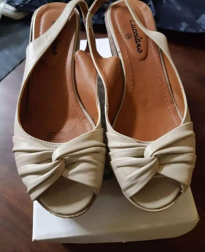 Zapatos taco corcho beige 0