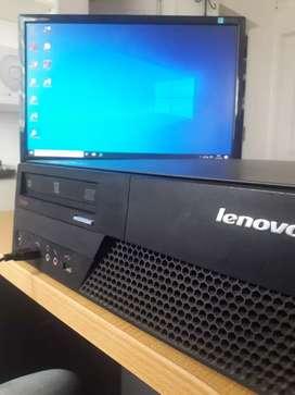 Pc Lenovo con Monitor LG