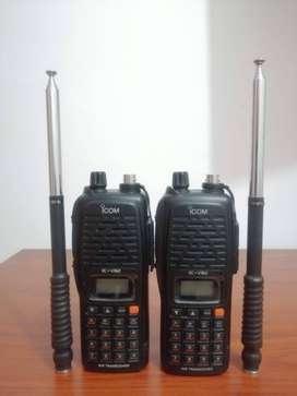 2 Radios scanner VHF, 7 vatios ICOM IC-V82, SIN CARGADOR