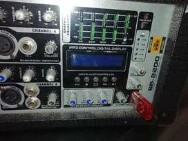 Vendo amplificador marca sb_8200