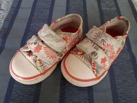 Líquido zapatillas /niña!!!