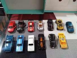Vendo o cambio colección de carros pequeños